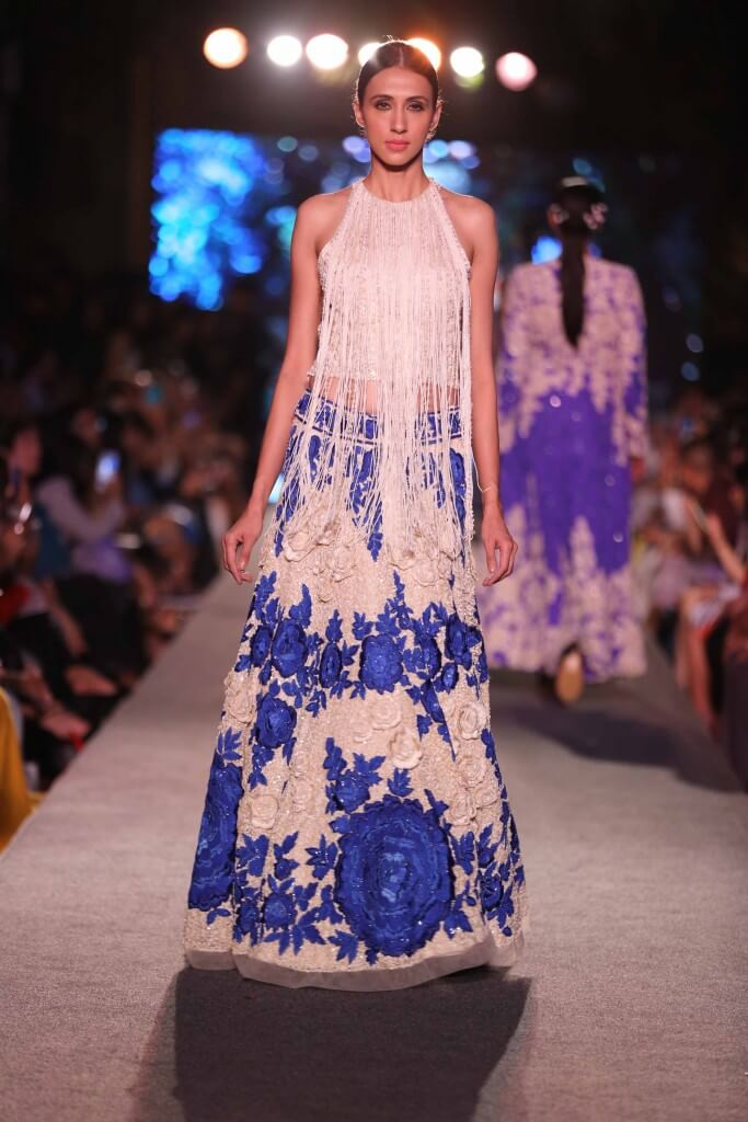 Lujoso Manish Malhotra Party Wear Dresses Inspiración - Ideas de ...