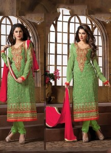 greatly embroidery suits, gracefully decorated outline