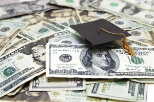 Top 6 Best online Tools to find Financial Aid